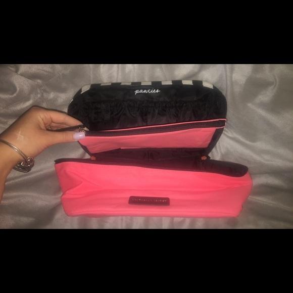 Victoria's Secret Handbags - Victoria's Secret Makeup Bag